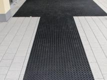 Грязезащитный резиновый мат для зон входа/выхода и проходных зон, черный цвет, 750x1000 мм