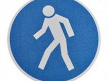 Знак движение пешеходов - Противоскользящий напольный знак, круг с диаметром 400 мм